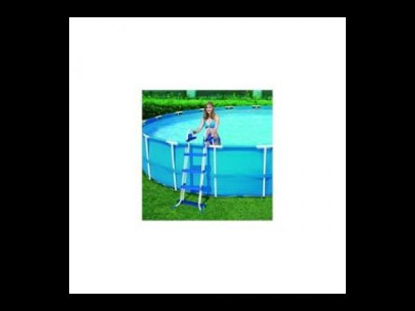 Echelle bestway 2x 3 marches hauteur 107cm kit piscine bois for Piscine bois 2x3